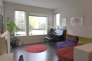"Photo 6: 206 717 CHESTERFIELD Avenue in North Vancouver: Central Lonsdale Condo for sale in ""Queen Mary"" : MLS®# R2125074"