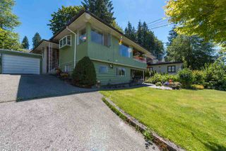 Photo 4: 4740 CEDARCREST Avenue in North Vancouver: Canyon Heights NV House for sale : MLS®# R2129725