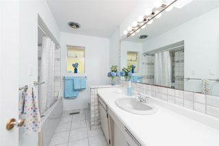 Photo 14: 4740 CEDARCREST Avenue in North Vancouver: Canyon Heights NV House for sale : MLS®# R2129725