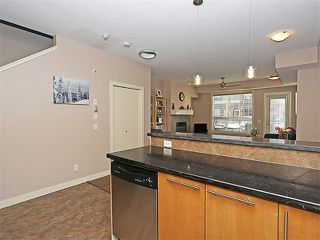 Photo 11: 207 2416 34 Avenue SW in Calgary: South Calgary House for sale : MLS®# C4094174