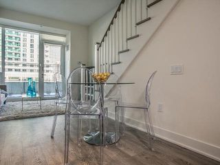 Photo 7: Th 12 30 Roehampton Avenue in Toronto: Mount Pleasant West Condo for sale (Toronto C10)  : MLS®# C3711969