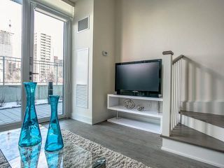 Photo 10: Th 12 30 Roehampton Avenue in Toronto: Mount Pleasant West Condo for sale (Toronto C10)  : MLS®# C3711969