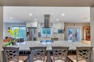Photo 5: 2798 GOLDSTREAM Crescent in Coquitlam: Coquitlam East House for sale : MLS®# R2150604