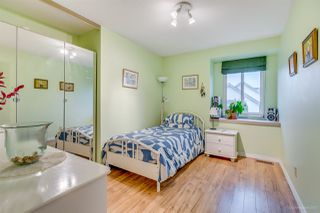 Photo 13: 2798 GOLDSTREAM Crescent in Coquitlam: Coquitlam East House for sale : MLS®# R2150604