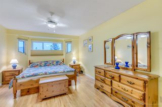 Photo 11: 2798 GOLDSTREAM Crescent in Coquitlam: Coquitlam East House for sale : MLS®# R2150604