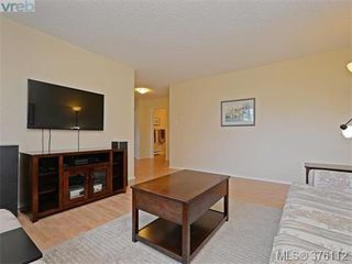 Photo 2: 1701 Jefferson Avenue in VICTORIA: SE Gordon Head Strata Duplex Unit for sale (Saanich East)  : MLS®# 376112