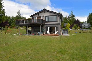 "Photo 18: 1473 VERNON Drive in Gibsons: Gibsons & Area House for sale in ""Bonniebrook Heights"" (Sunshine Coast)  : MLS®# R2154221"