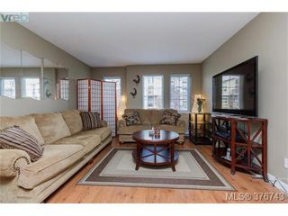 Photo 4: 201 2695 Deville Rd in VICTORIA: La Langford Proper Row/Townhouse for sale (Langford)  : MLS®# 756387