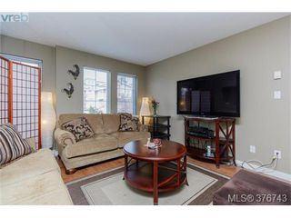 Photo 3: 201 2695 Deville Rd in VICTORIA: La Langford Proper Row/Townhouse for sale (Langford)  : MLS®# 756387