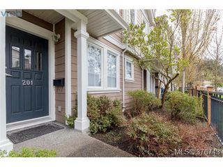 Photo 2: 201 2695 Deville Rd in VICTORIA: La Langford Proper Row/Townhouse for sale (Langford)  : MLS®# 756387