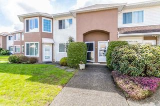 "Photo 1: 16 46350 CESSNA Drive in Chilliwack: Chilliwack E Young-Yale Townhouse for sale in ""HAMLEY ESTATES"" : MLS®# R2158497"
