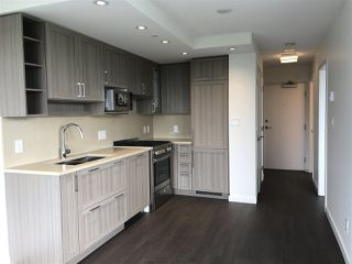 "Photo 2: 2005 5515 BOUNDARY Road in Vancouver: Collingwood VE Condo for sale in ""WALL CENTRE"" (Vancouver East)  : MLS®# R2168373"