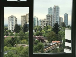 "Photo 9: 2005 5515 BOUNDARY Road in Vancouver: Collingwood VE Condo for sale in ""WALL CENTRE"" (Vancouver East)  : MLS®# R2168373"