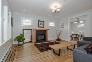 Photo 2: 1677 E 22ND AVENUE in Vancouver: Victoria VE House for sale (Vancouver East)  : MLS®# R2147820