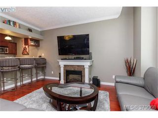 Photo 5: 107 7088 West Saanich Rd in BRENTWOOD BAY: CS Brentwood Bay Row/Townhouse for sale (Central Saanich)  : MLS®# 761340