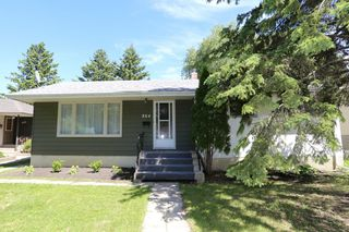 Main Photo: 864 Renfrew Street in Winnipeg: River Heights Single Family Detached for sale (1D)  : MLS®# 1715504