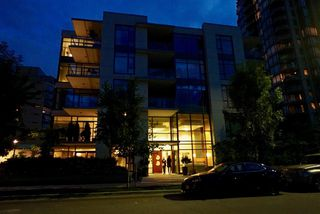 Photo 1: 502 135 W 2ND Street in North Vancouver: Lower Lonsdale Condo for sale : MLS®# R2180749