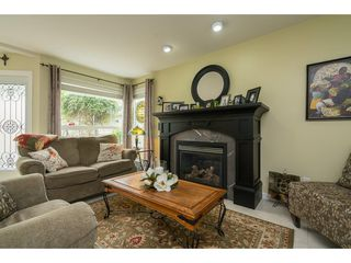 Photo 11: 20528 94 Avenue in Langley: Walnut Grove House for sale : MLS®# R2203403