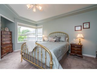 Photo 13: 20528 94 Avenue in Langley: Walnut Grove House for sale : MLS®# R2203403