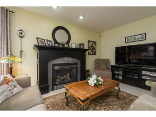 Photo 12: 20528 94 Avenue in Langley: Walnut Grove House for sale : MLS®# R2203403