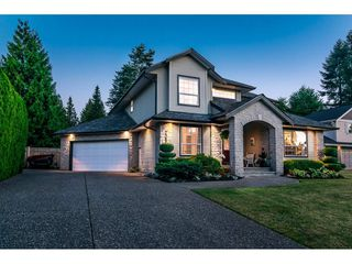 Photo 2: 20528 94 Avenue in Langley: Walnut Grove House for sale : MLS®# R2203403