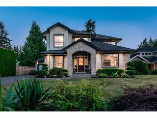 Photo 1: 20528 94 Avenue in Langley: Walnut Grove House for sale : MLS®# R2203403