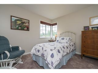 Photo 17: 20528 94 Avenue in Langley: Walnut Grove House for sale : MLS®# R2203403
