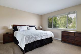 "Photo 13: 8609 215TH Street in Langley: Walnut Grove House for sale in ""Forest Hills"" : MLS®# R2205755"