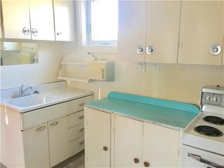 Photo 10: 1637 Ross Avenue West in Winnipeg: Weston Residential for sale (5D)  : MLS®# 1724879