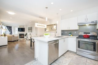 Photo 10: 106 137 E 1ST Street in North Vancouver: Lower Lonsdale Condo for sale : MLS®# R2209600