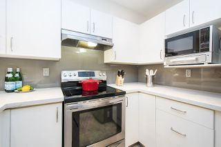 Photo 12: 106 137 E 1ST Street in North Vancouver: Lower Lonsdale Condo for sale : MLS®# R2209600