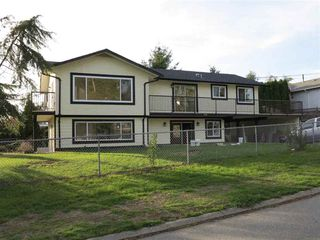 Photo 1: 1115 HABGOOD STREET in South Surrey White Rock: Home for sale : MLS®# R2008006