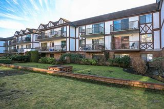 "Photo 17: 207 131 W 4TH Street in North Vancouver: Lower Lonsdale Condo for sale in ""NOTTINGHAM PLACE"" : MLS®# R2221675"