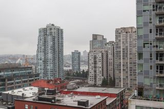 "Photo 15: 1508 233 ROBSON Street in Vancouver: Downtown VW Condo for sale in ""TV Towers"" (Vancouver West)  : MLS®# R2232042"