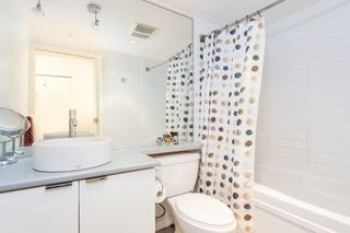 "Photo 8: 1508 233 ROBSON Street in Vancouver: Downtown VW Condo for sale in ""TV Towers"" (Vancouver West)  : MLS®# R2232042"
