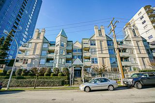 "Main Photo: 208 509 CARNARVON Street in New Westminster: Downtown NW Condo for sale in ""Hillside Place"" : MLS®# R2239292"