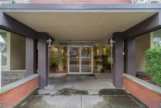 Photo 2: 1105 1100 HARWOOD STREET in Vancouver: West End VW Condo for sale (Vancouver West)  : MLS®# R2242836