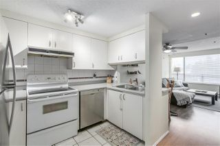 "Photo 9: 7 939 W 7TH Avenue in Vancouver: Fairview VW Townhouse for sale in ""Meridian Court"" (Vancouver West)  : MLS®# R2252663"