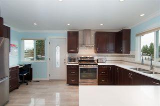 Photo 5: 22774 REID Avenue in Maple Ridge: East Central House for sale : MLS®# R2253460