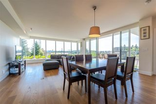 Photo 3: 401 870 KEITH Road in West Vancouver: Park Royal Condo for sale : MLS®# R2269357