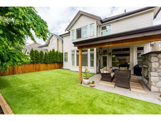 "Photo 19: 19564 THORBURN Way in Pitt Meadows: South Meadows House for sale in ""Osprey Village"" : MLS®# R2273239"
