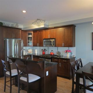 """Photo 3: 11 22225 50 Avenue in Langley: Murrayville Townhouse for sale in """"Murrays Landing"""" : MLS®# R2286198"""