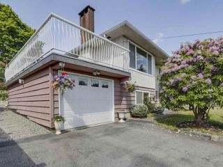 Photo 2: 5831 WINCH Street in Burnaby: Parkcrest House for sale (Burnaby North)  : MLS®# R2288933
