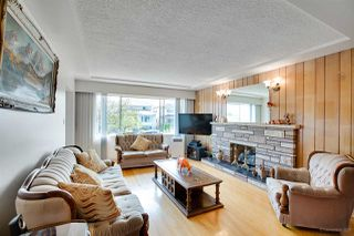 Photo 4: 3091 E 6TH Avenue in Vancouver: Renfrew VE House for sale (Vancouver East)  : MLS®# R2293922