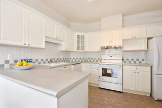 """Photo 9: 401 5735 HAMPTON Place in Vancouver: University VW Condo for sale in """"THE BRISTOL"""" (Vancouver West)  : MLS®# R2294872"""