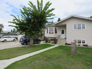 Photo 2: 4512 18A Avenue NW in Edmonton: Zone 29 House for sale : MLS®# E4127755