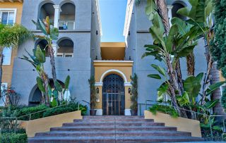 Photo 2: MISSION HILLS Condo for sale : 2 bedrooms : 4080 Front St #302 in San Diego