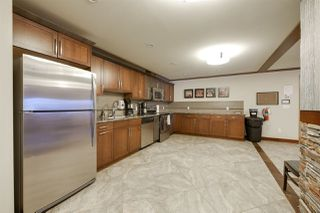 Photo 4: 209 4450 MCCRAE Avenue in Edmonton: Zone 27 Condo for sale : MLS®# E4140133