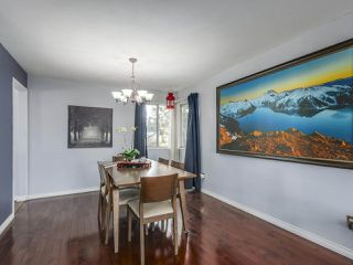 Photo 6: 9806 157 Street in Surrey: Guildford House for sale (North Surrey)  : MLS®# R2337998