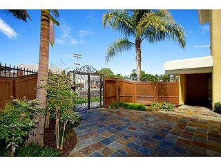 Photo 4: PACIFIC BEACH Condo for sale : 1 bedrooms : 4205 Lamont St #19 in San Diego